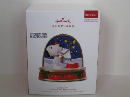 A Charlie Brown Christmas Snoopy Christmas Ornament (NEW)